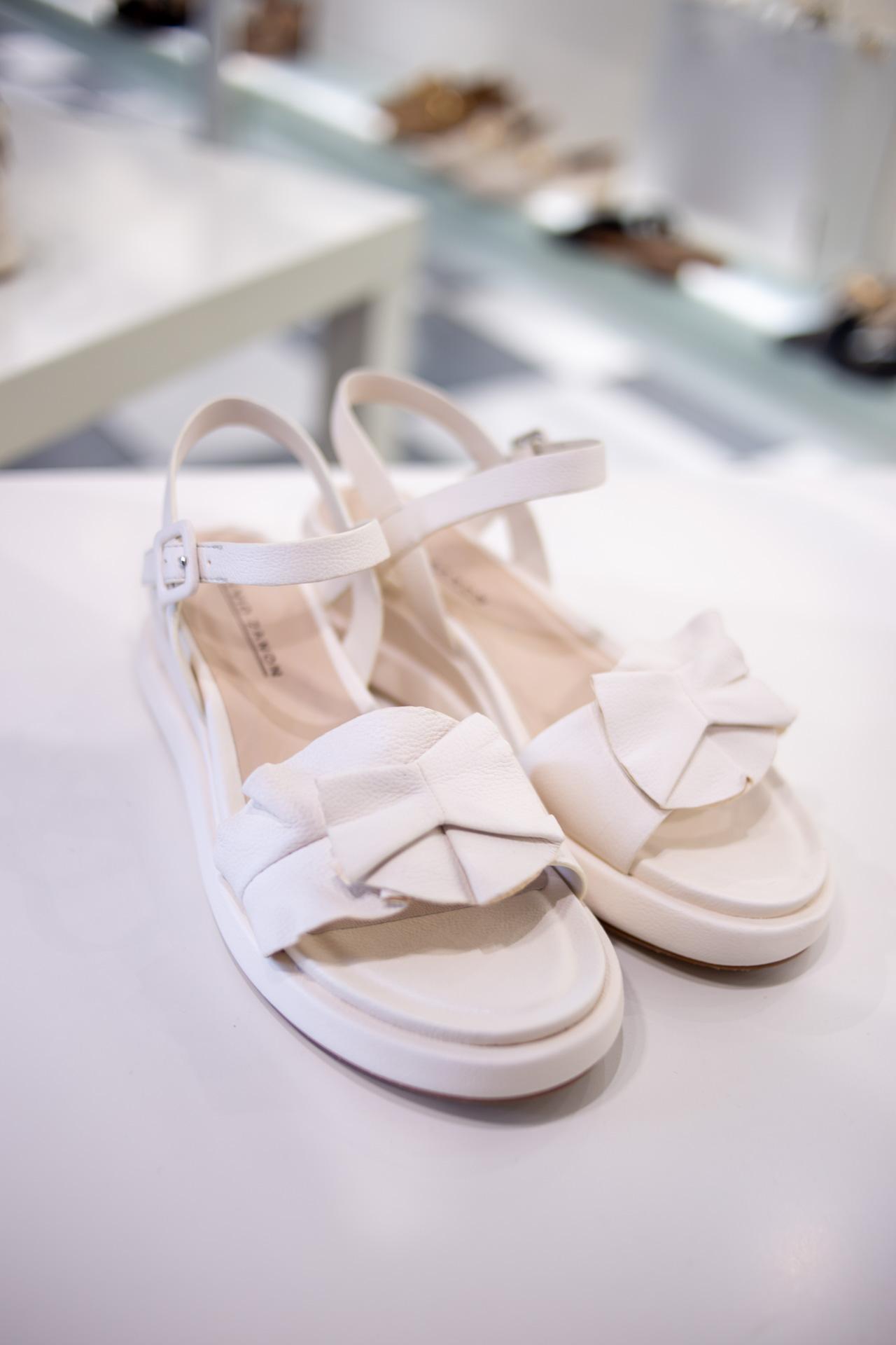 Sandali bianchi con zeppa Elvio Zanon