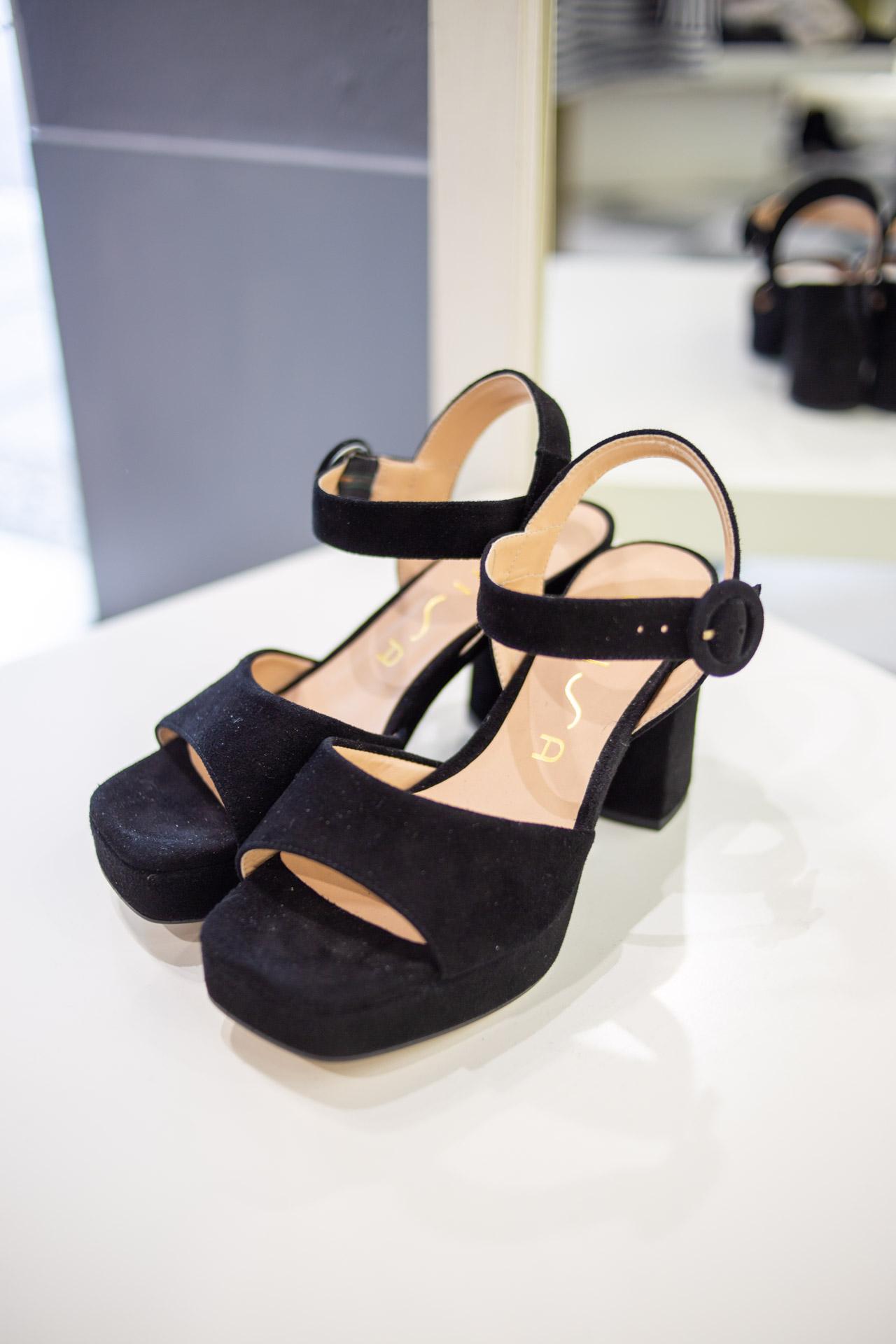 Sandali neri